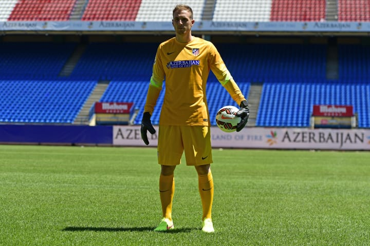 A fresh-faced Oblak announcing his arrival at Atleti