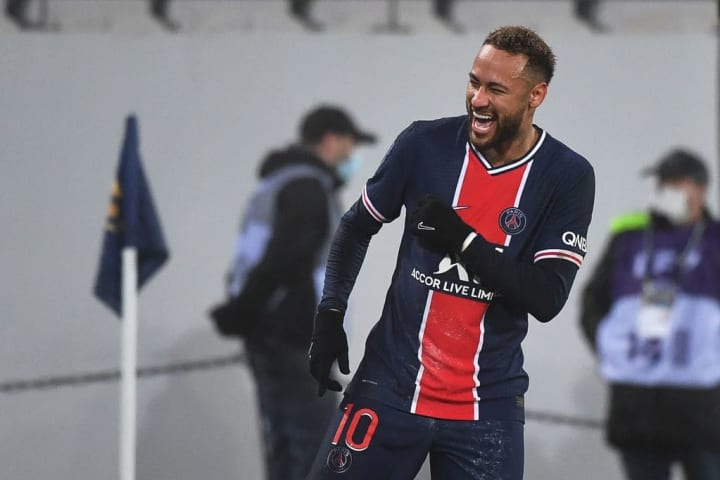 Neymar PSG Barcelona Santos Menino da Vila Sucesso Europa