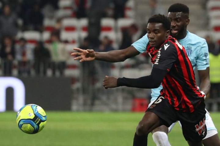 Wague made just five appearances for Nice during his loan spell