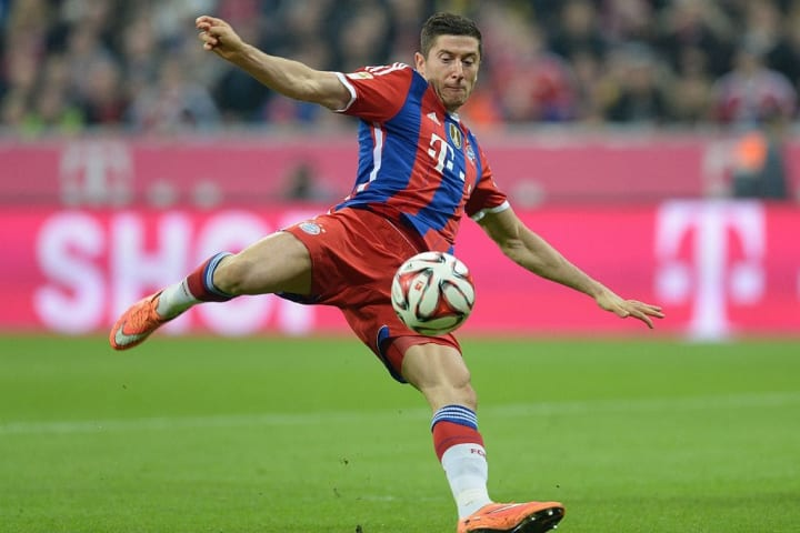 Lewandowski followed Gotze and swapped yellow for red