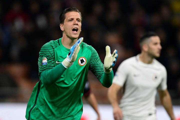 Szczesny in action for AS Roma