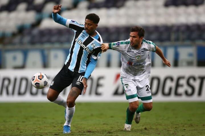 Jean Pyerre Grêmio Pressão Meia Gre-Nal Campeonato Brasileiro