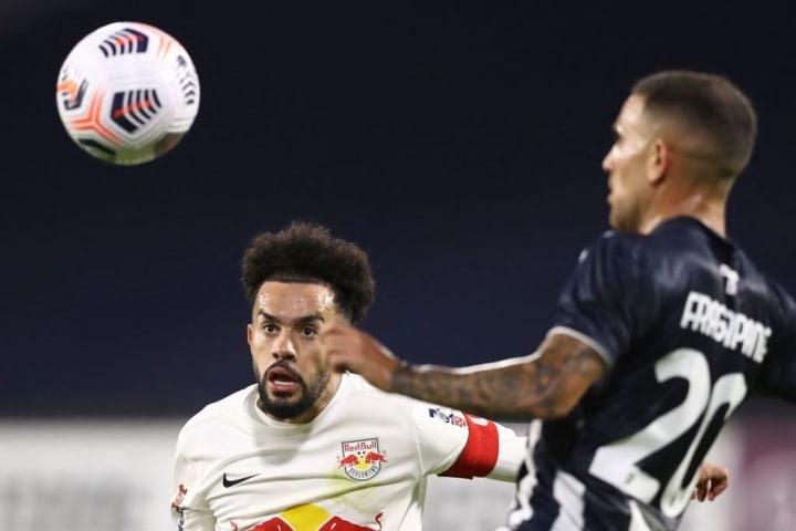 Red Bull Bragantino Claudinho Referência Líder Campeonato Brasileiro