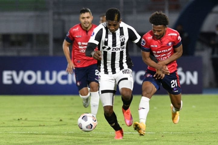 Yony González Ceará Elenco Série A Brasileirão Estrangeiro
