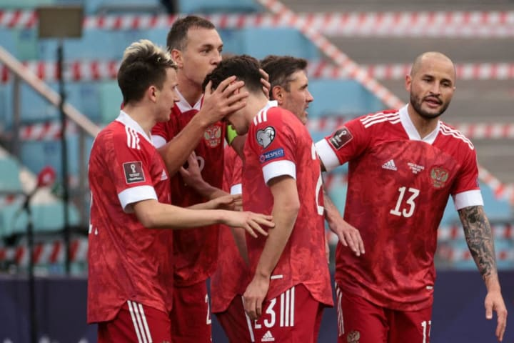 FBL-WC-2022-EUR-QUALIFERS-RUS-SLO