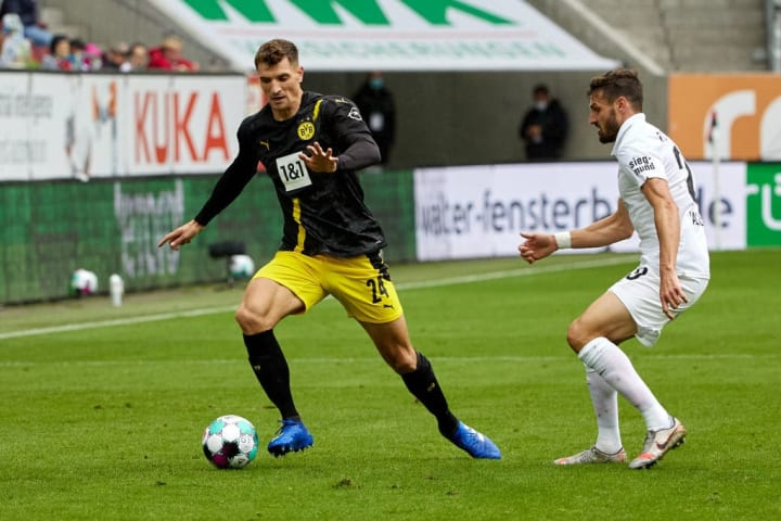 Meunier offered very little in Dortmund's defeat at Augsburg