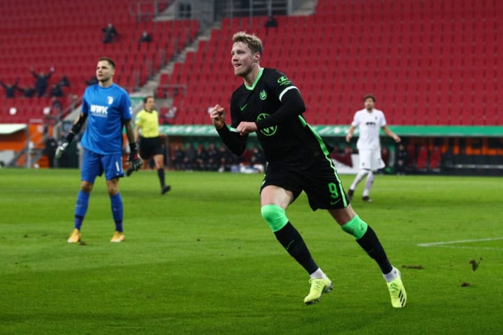 Weghorst's goals helped keep Werder Bremen up last season
