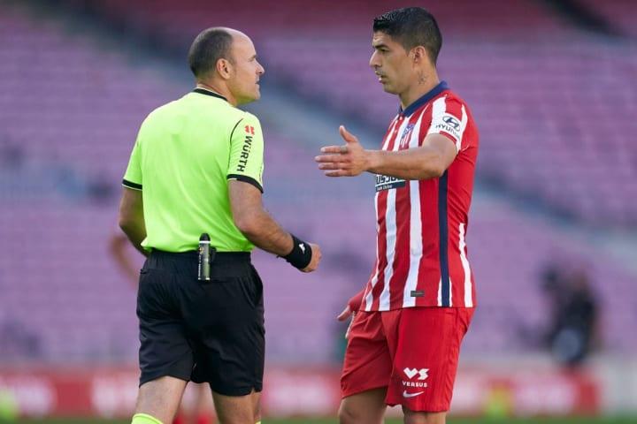 Mateu Lahoz, Luis Suarez