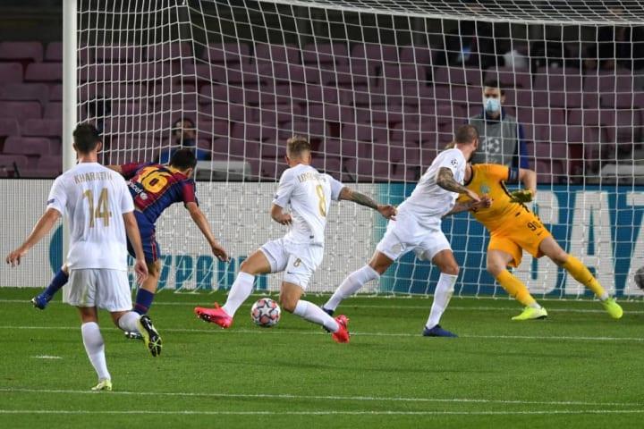 Hasil Pertandingan Dan Rating Pemain Barcelona Vs Ferencvaros Liga Champions 2020 21