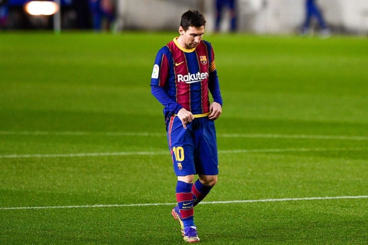 Barcelona's tough start to the season won't do them any favors for Messi to stay