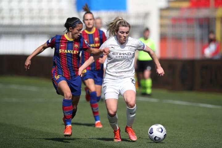 Lauren Hemp, Marta Torrejon