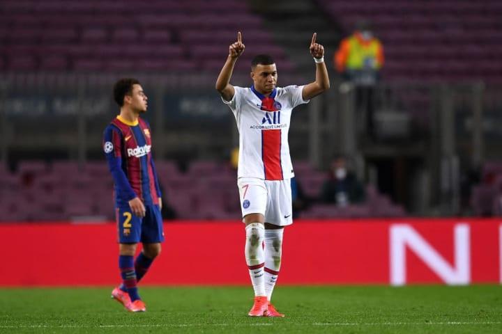 La Liga dapat dikatakan mulai tertinggal dari segi adaptasi taktik saat menjalani kompetisi kontinental.