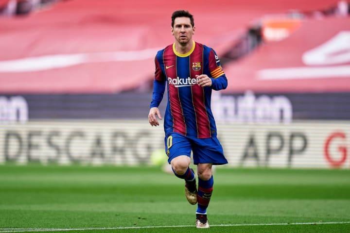 Lionel Messi Barcelona Reforço Mercado Renovação