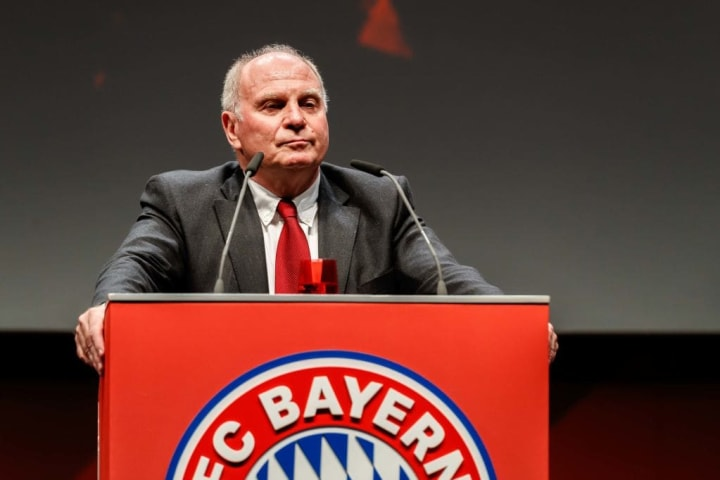 Uli Hoeness is accused of lying about the contract negotiations