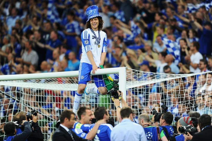 David Luiz celebrates winning the Champions League in Munich in 2012