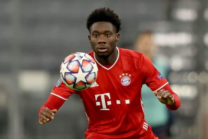Davies ya es una estrella en el Bayern