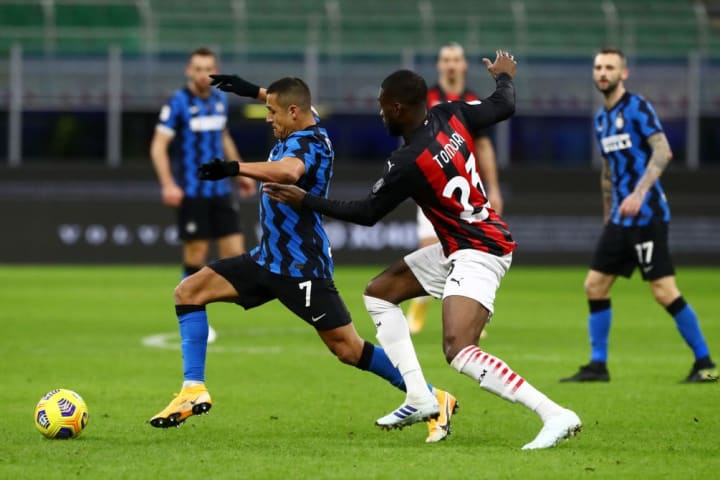 Tomori made his debut for Milan in none other than the Derby della Madonnina