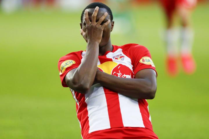 Daka celebrates a goal for Red Bull Salzburg.