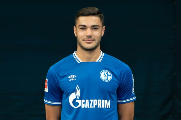 Kabak is not enjoying a great season with Schalke