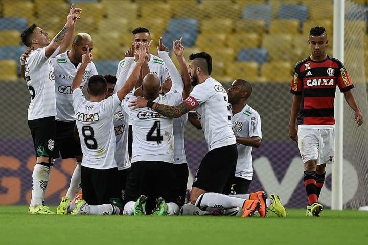 Flamengo v Figueirense - Brasileirao Series A 2015