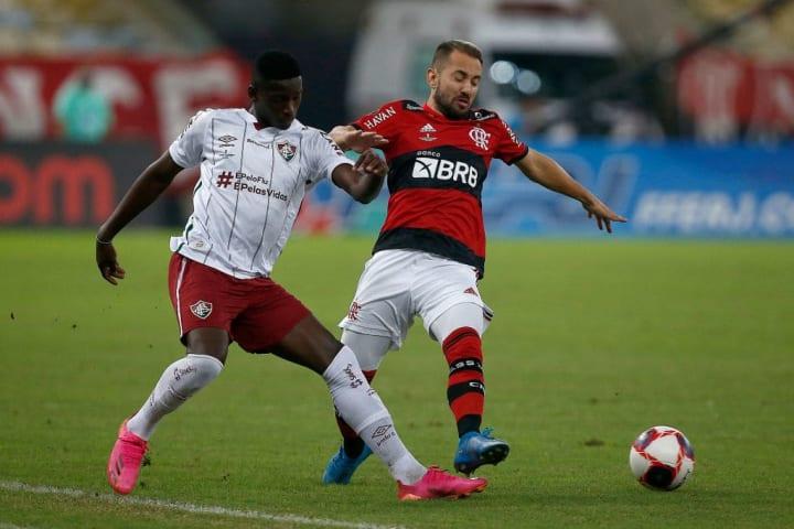 Flamengo Fluminense Fla-Flu Neo Química Arena CBF Corinthians