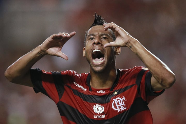 Léo Moura Flamengo Aposentadoria 2021 Lateral Grêmio
