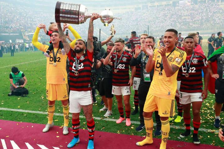 Gabriel Barbosa Flamengo Campeão Troféu História Libertadores 2019