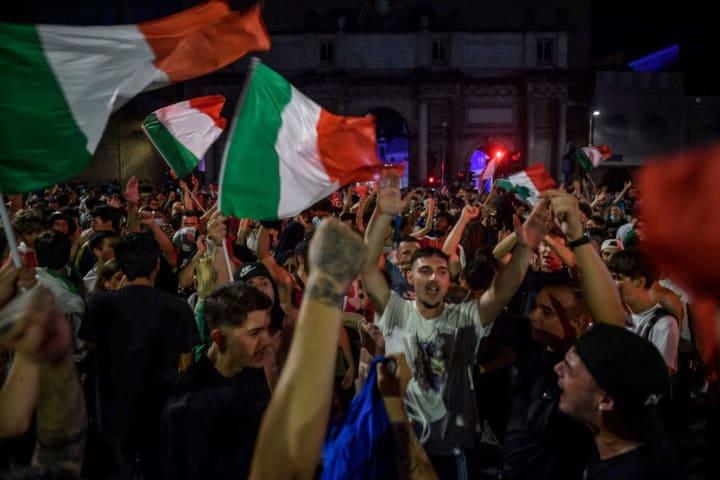 Tifosi italiani a Roma