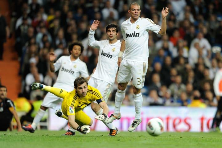 (FromL) Real Madrid's Brazilian defender