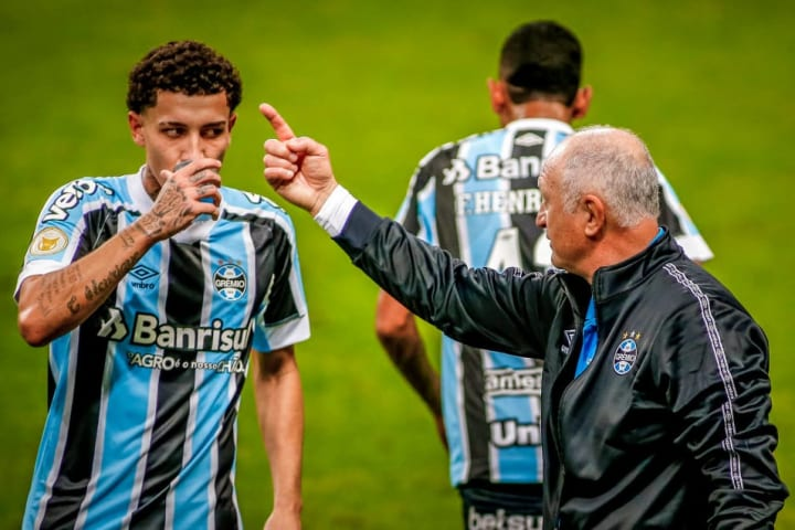 Luiz Felipe Scolari, Victor Bobsin