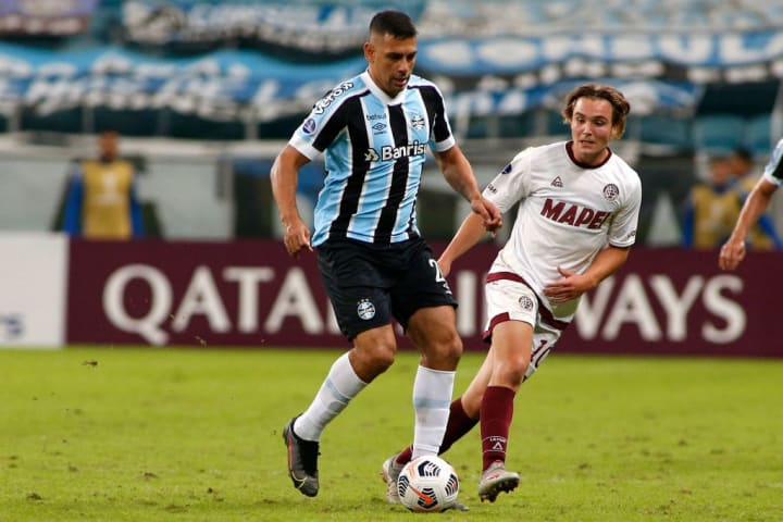 Diego Souza Grêmio Atacante Pressão Gre-Nal Protagonismo Campeonato Brasileiro