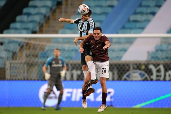 Walter Kannemann Grêmio Vitória Copa do Brasil