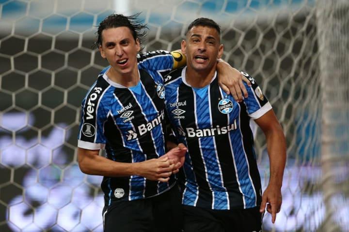 Diego Souza Geromel Grêmio Libertadores Potes Sorteio Grupo Atlético-MG