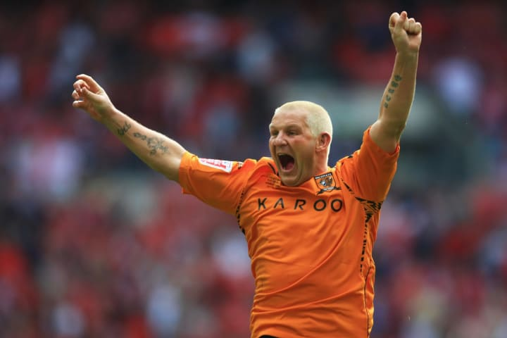 Dean Windass celebrates at the full-time whistle in 2008