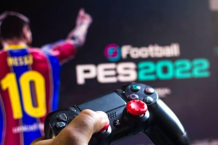 PES Lançamento Pro Evolution Soccer Konami