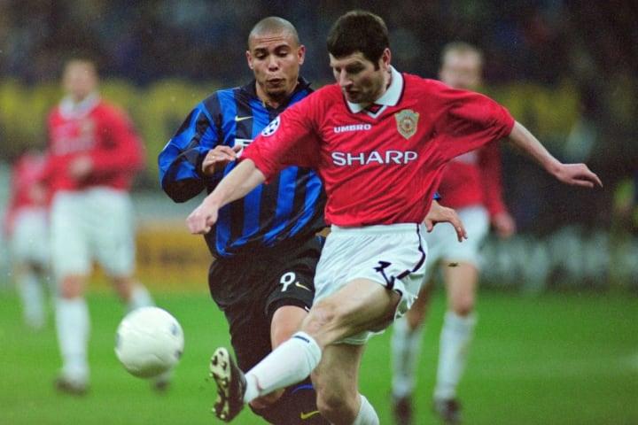 Denis Irwin, Ronaldo