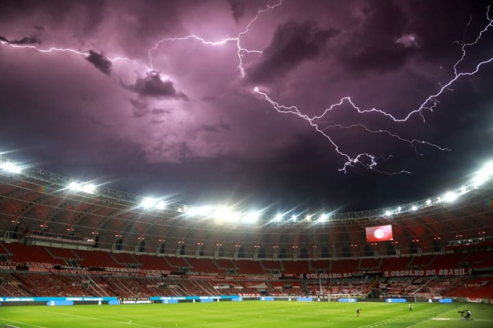 Internacional v Boca Juniors - Copa CONMEBOL Libertadores 2020