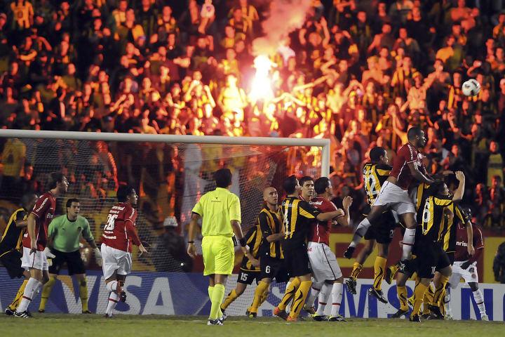 Internacional Peñarol Eliminação Oitavas Libertadores 2011
