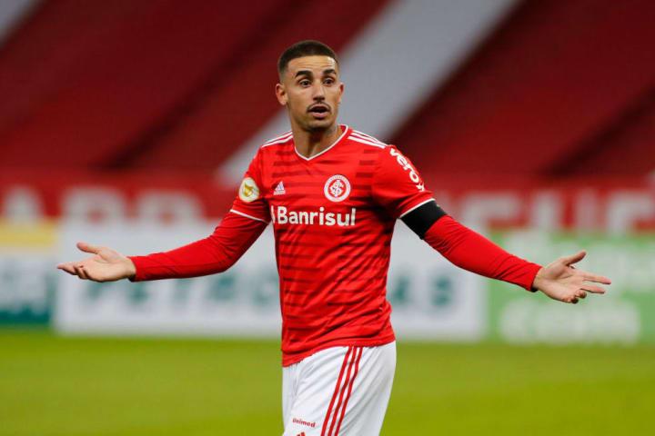 Thiago Galhardo Atacante Gre-Nal Pressão Campeonato Brasileiro Internacional