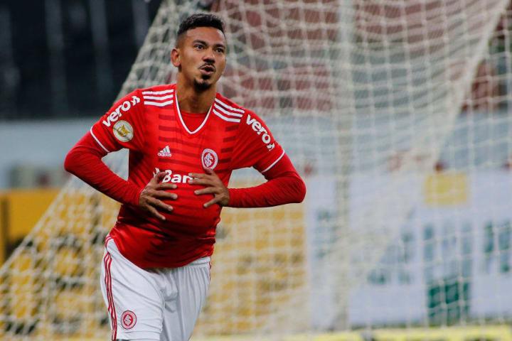 Rodrigo Lindoso Negociação Santos Fluminense Internacional Mercado