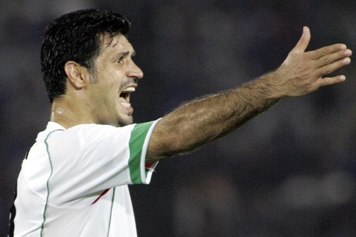 Daei a stoppé sa carrière en 2006 après 149 sélections avec l'Iran