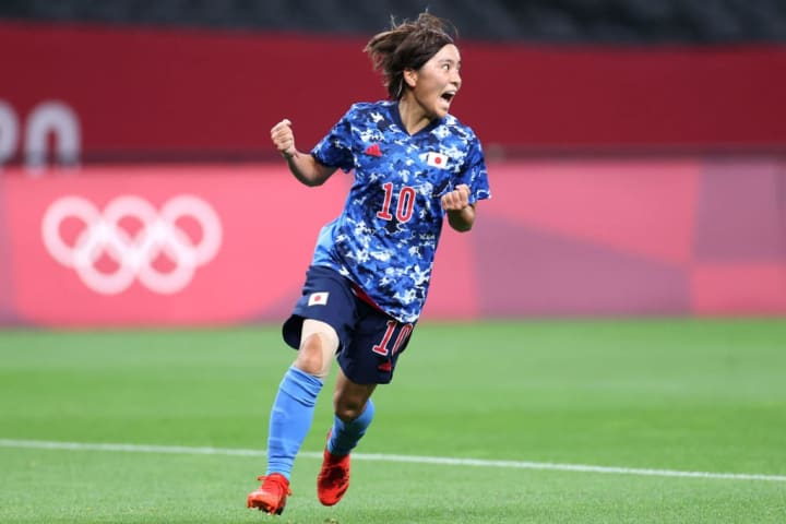Mana Iwabuchi ensured Japan didn't start with a loss