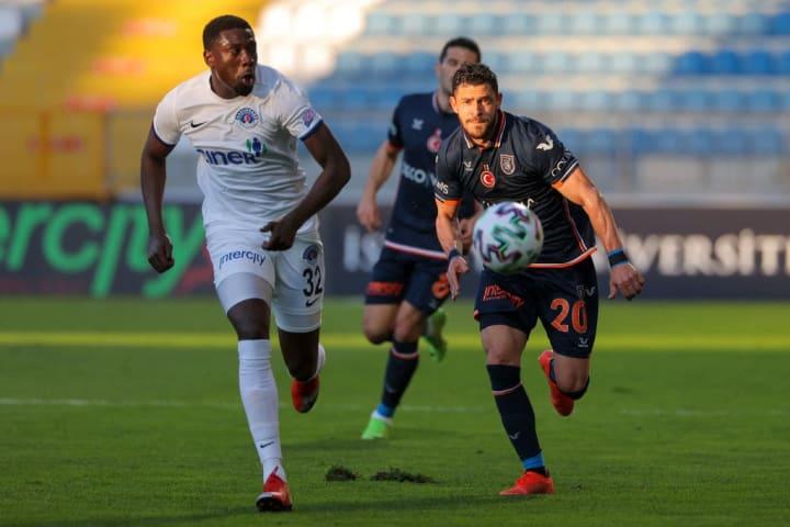 Giuliano Grêmio Europa Basaksehir