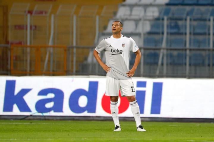 Welinton Souza Besiktas Turquia David Luiz Brasileiro