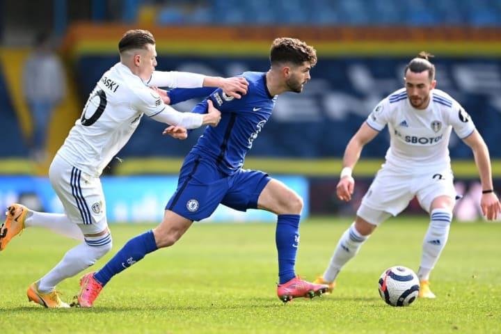 Chelsea's Christian Pulisic skips away from the challenge of Leeds man EzgjanAlioski