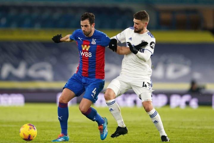 Klich challenges Luka Milivojevic