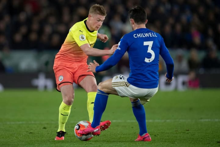 Chilwell tackles Kevin De Bruyne of Manchester City