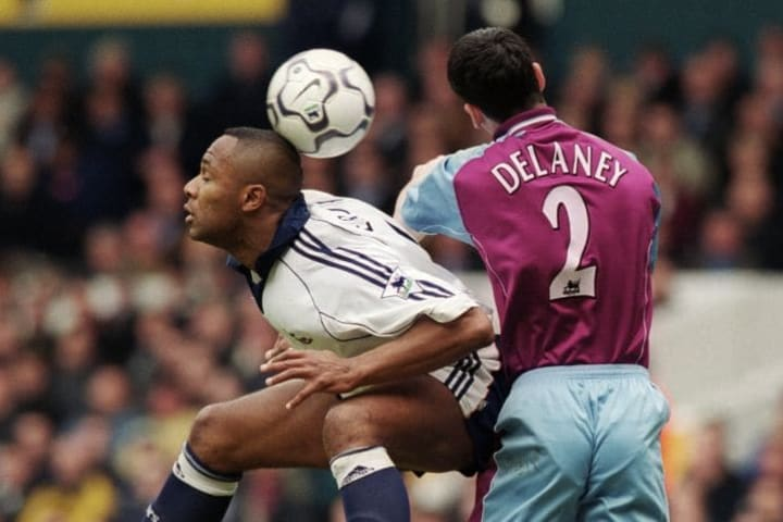 Les Ferdinand, Mark Delaney