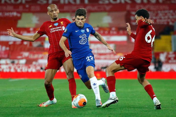 Pulisic darts past Liverpool's defence on Wednesday evening