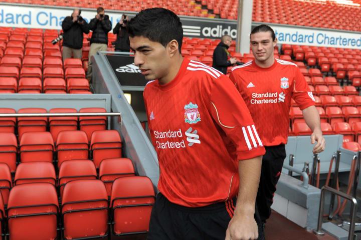 Liverpool's new signings Uruguayan strik